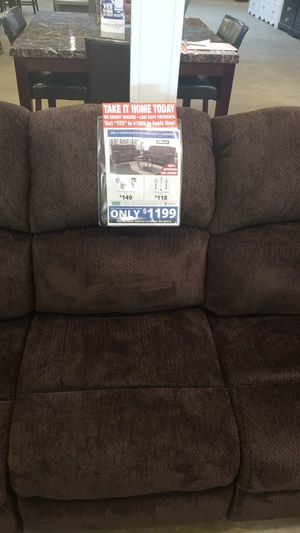 Kelly Motion Reclining sofa and loveseat for Sale in Washington, IL