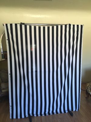 Black and white stripe backdrop for Sale in San Bernardino, CA