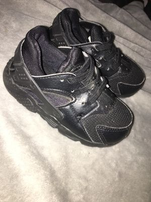 Huaraches 7c for Sale in Fresno, CA