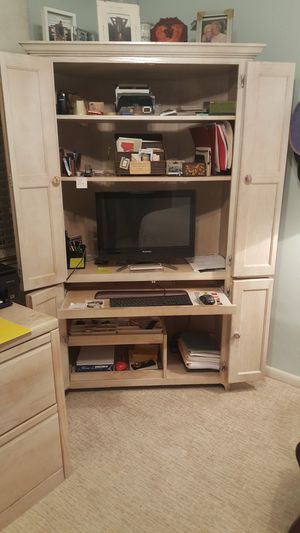 Corner unit Computer Desk and matching File Caninet for Sale in Miami, FL