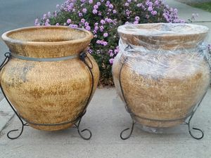 Planters /Pots for Sale in Sanger, CA