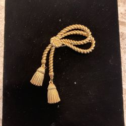 Vintage Gold Toned Brooch - W Metal Tassels- Good Quality - #artssoflo for Sale in Miami,  FL