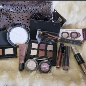 Ulta Makeup Bundle for Sale in Jurupa Valley, CA