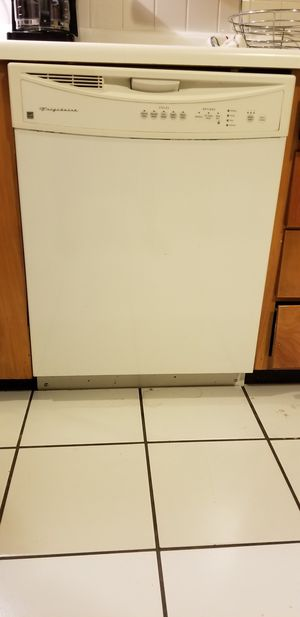 Frigidaire Dishwasher for Sale in Florissant, MO
