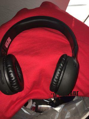 Bluetooth wireless headset for Sale in Fontana, CA