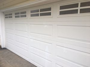 16' wide by 8' tall two car garage door w/opener for Sale in Kent, WA