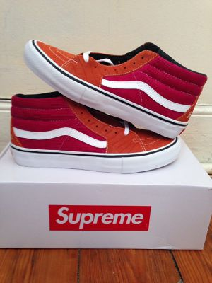 Supreme Vans collaboration size 10 croc and corduroy for Sale in Crosby, TX
