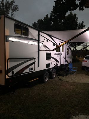 RV TRAVEL TRAILER 2018 for Sale in Miami, FL
