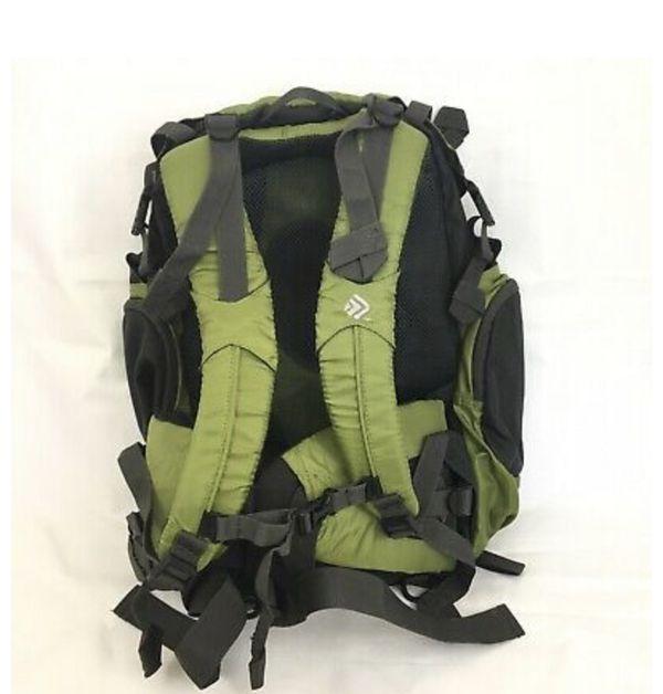 Gama 8.0 Internal Frame 39L Hiking Camping Backpack Olive Green
