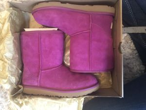 Ugg - Classic II for Sale in Simpsonville, SC