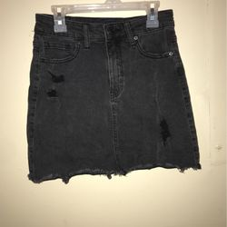Aeropostale high rise black Jean skirt. 00/2. Fringe end and rip patches for Sale in Alexandria,  TN