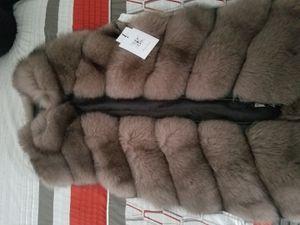 Belle Fare fox fur vest Women's M for Sale in San Francisco, CA