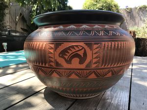 Handmade Navajo Pottery for Sale in Los Angeles, CA