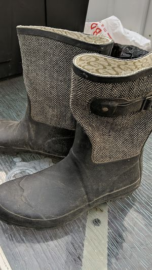 Rain boots. 9/10 for Sale in Ontario, CA
