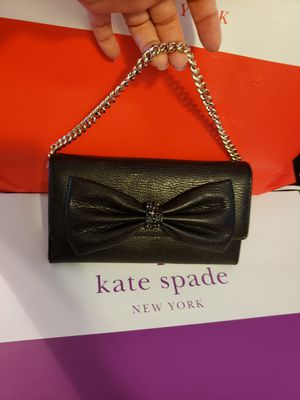 Wallet Kate spade authentic brand new for Sale in Garden Grove, CA