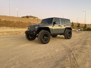 2015 Jeep Wrangler Unlimited Rubicon Hard Rock for Sale in Los Angeles, CA
