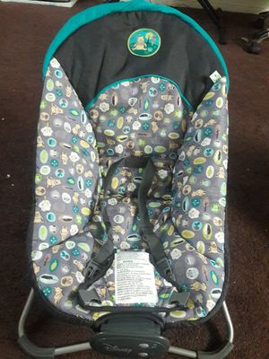 Chair for baby has music and vibration for Sale in Los Angeles, CA