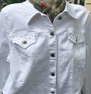 Size Medium Ladies White Jean with Rhinestones for Sale in Fife, WA