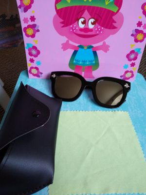 Sunglasses Gucci for Sale in Elyria, OH