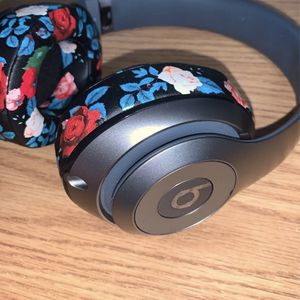 Custom Wireless Beats Studio 2.0 for Sale in Dubuque, IA