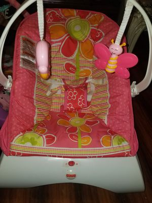 Fisher price bouncer for baby girl for Sale in Bell, CA