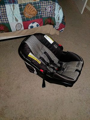 car seat, adapter, and stoller for Sale in Phoenix, AZ