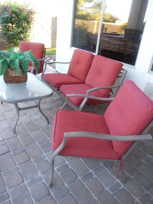 Patio furniture great condition 70.00 Pick-up in Gilbert for Sale in Gilbert, AZ