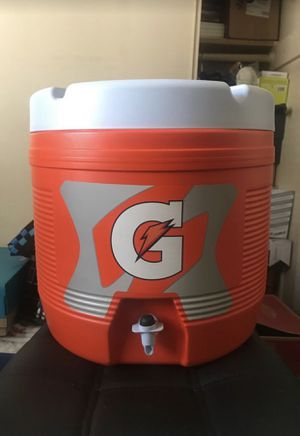Gatorade Dispenser/Cooler for Sale in Los Angeles, CA