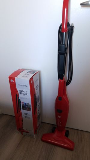 Dirt Devil Simplistik Vacuum for Sale in Brooklyn, NY