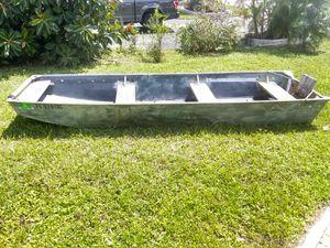 14 foot Aluminum John Boat for Sale in Pompano Beach, FL