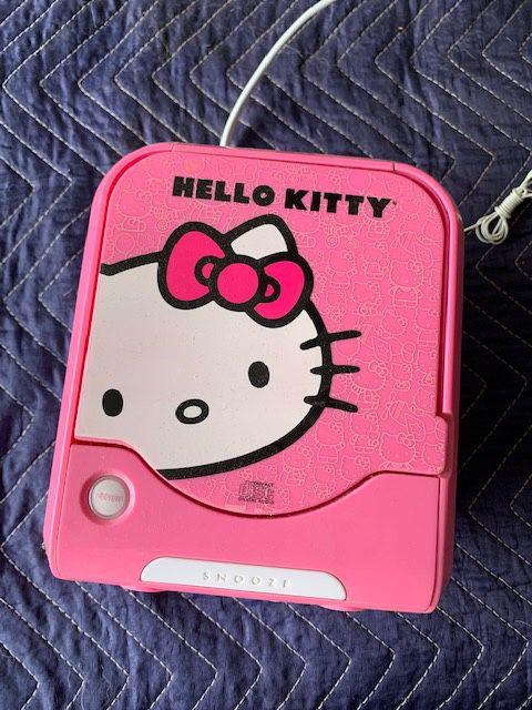 Hello Kitty alarm radio