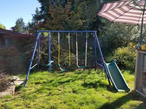 Swing set and double stroller for Sale in Everett, WA