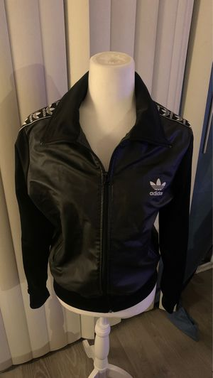 Black Adidas jacket women large for Sale in Los Angeles, CA