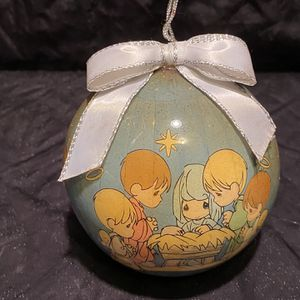 1995 Precious Moments Nativity Christmas Ornament Manger Baby Jesus for Sale in Kissimmee, FL