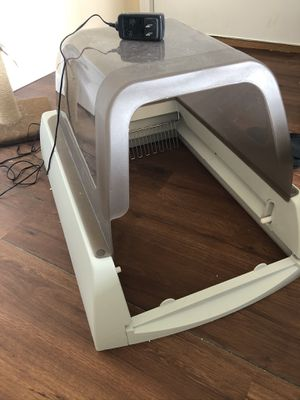 Automatic litter box for Sale in Dedham, MA
