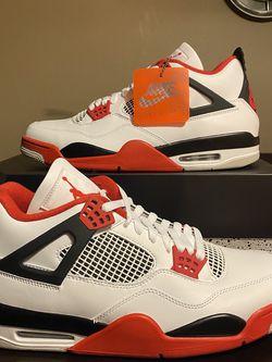 "Air Jordan Retro 4 ""Fire Red 2020"" - Size 13 BRAND NEW/DEADSTOCK for Sale in Chicago, IL"