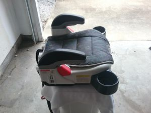 Toddler booster car seat for Sale in Yorktown, VA
