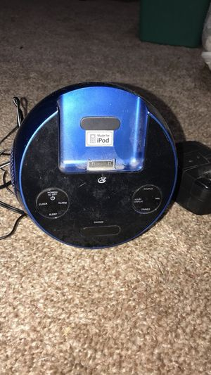 iPod radio/alarm clock for Sale in Kingsley, MI