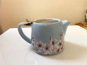 Cute Tea Kettle (never used) for Sale in Marietta, GA