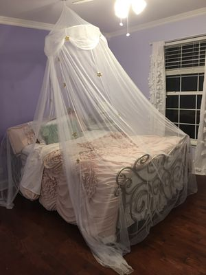 Princess bedroom set for Sale in Mundelein, IL