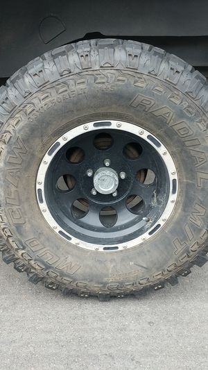 Mickey Thompson Mud Claw Tires for Sale in Long Beach, CA