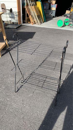 Metal Table for Sale in Terrebonne, OR