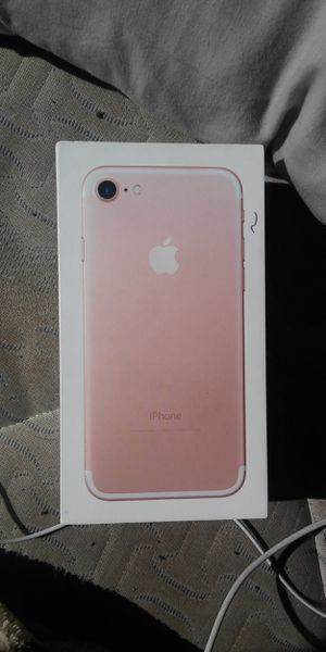 Iphone 7 32 gb tmobile for Sale in Baldwin Park, CA
