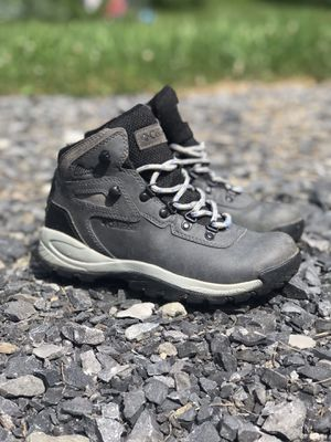 Columbia Women's Hiking Boots, Size 7 for Sale in Ithaca, NY