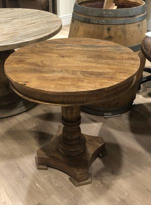 Small round dining table for Sale in Irvine, CA