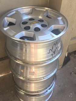 17 Silverado 6 Lug Aluminum Wheels for Sale in Sacramento,  CA