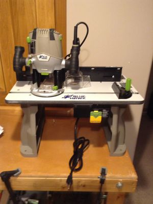 Router with table for Sale in Columbus, OH