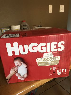 HUGGIES LITTLE SNUGGLERS SIZE N for Sale in Tacoma, WA