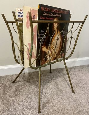Vtg Italian Mid Century Copper Metal & Twisted Copper Wire 4 Angled Legs Top Handle Magazine Vinyl Record Stand Rack Holder 2 Slots Storage for Sale in Chapel Hill, NC