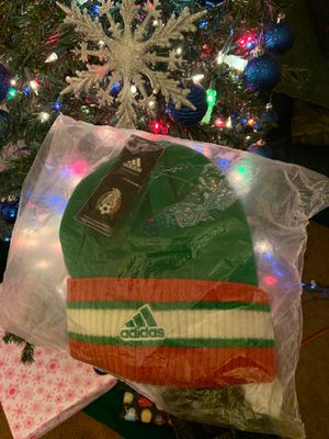 Adidas multi color seleccion de Mexico 🇲🇽 beanie for Sale in Los Angeles, CA